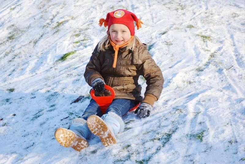 Hry ve sněhu pro malé děti