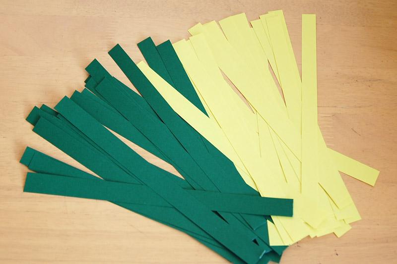 nastříhané pruhy papíru