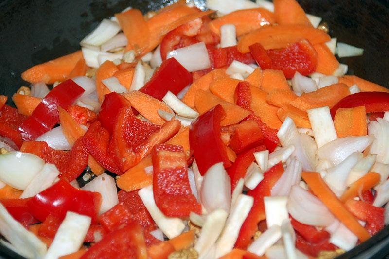 zeleninu nakrájíme na větší kousky